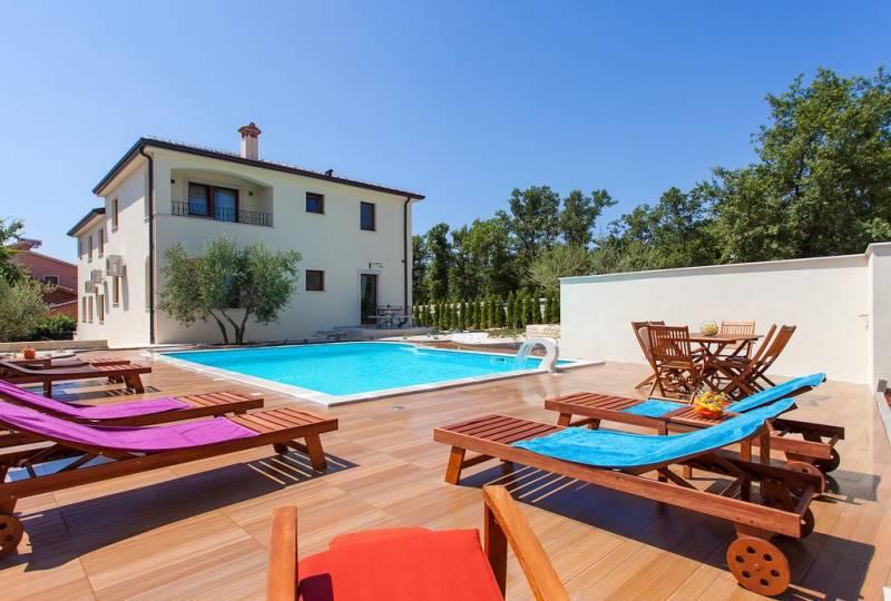 Villa Birikina Apartment Elegant