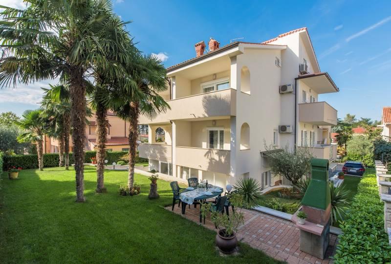 Petra Apartment III