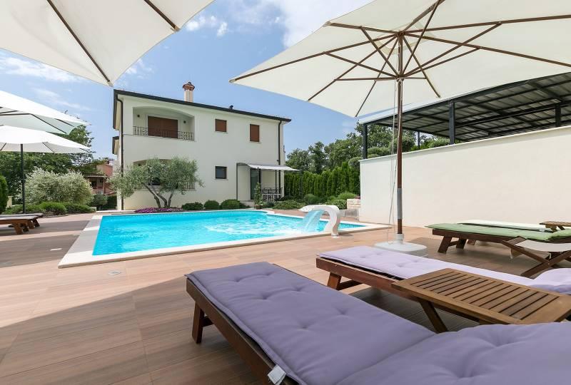 Villa Birikina Apartment Romantik