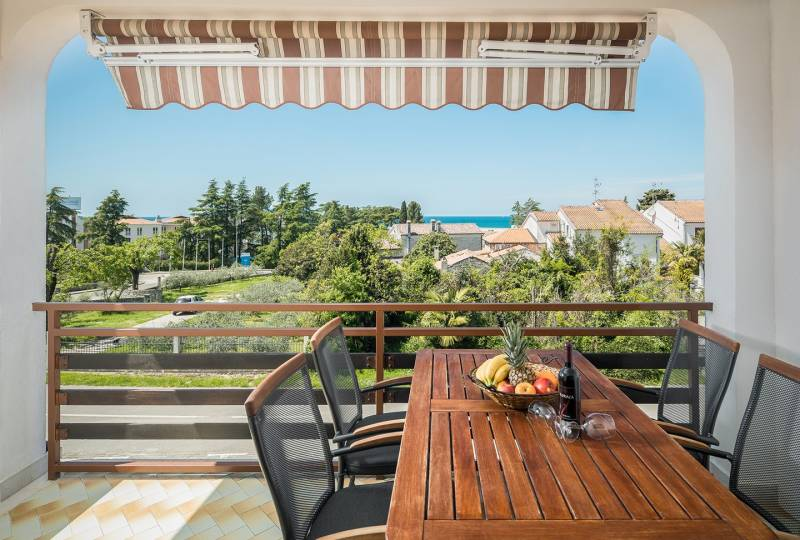 3 bedroom Apartment Medina with Sea View